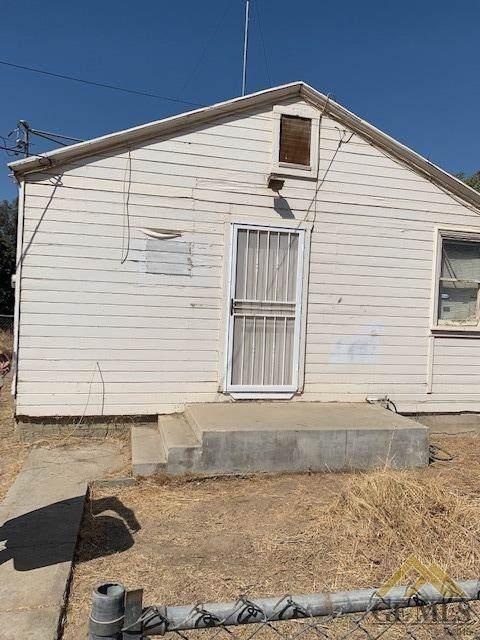 17020 Rosedale Highway, Bakersfield, CA 93314 (#21910908) :: Infinity Real Estate Services