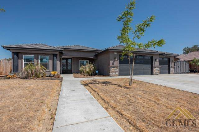 550 Drake Drive, Shafter, CA 93263 (#21910963) :: Infinity Real Estate Services