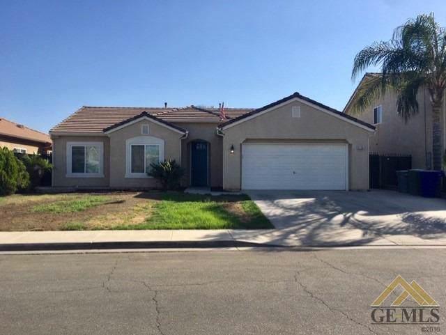 2128 Via Calabria Avenue, Delano, CA 93215 (#21911467) :: HomeStead Real Estate
