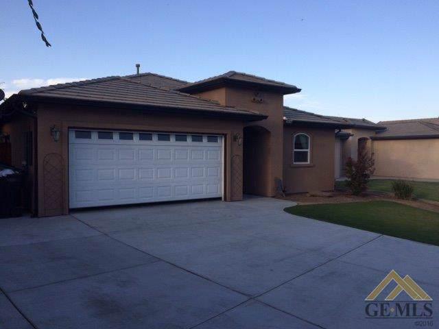2614 Krista Street, Wasco, CA 93280 (#21912061) :: HomeStead Real Estate