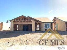 404 Buckeye Avenue, Wasco, CA 92380 (#21912193) :: HomeStead Real Estate