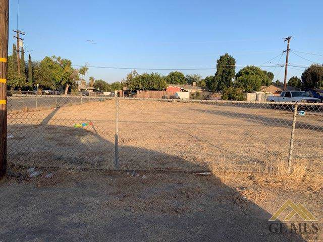 0 San Pedro Street, Mc Farland, CA 93250 (#21912212) :: HomeStead Real Estate