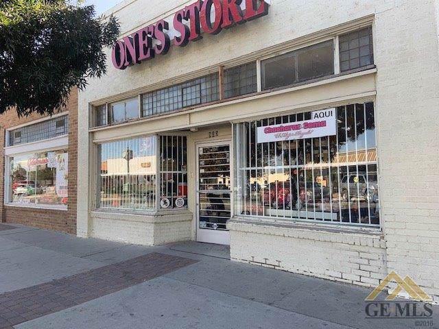 903 7th Street - Photo 1