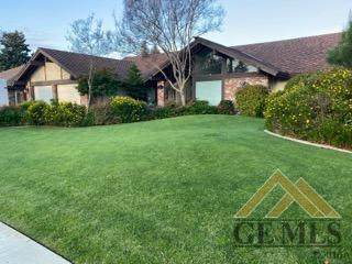 5107 Hollis Street, Bakersfield, CA 93308 (#202002991) :: HomeStead Real Estate