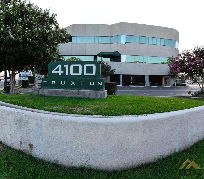 4100 Truxtun Avenue - Photo 1