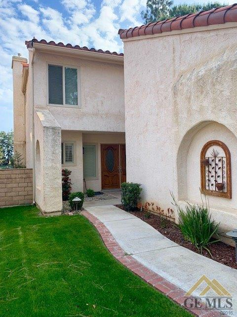 4146 Pinewood Lake Drive, Bakersfield, CA 93309 (#21905650) :: Infinity Real Estate Services