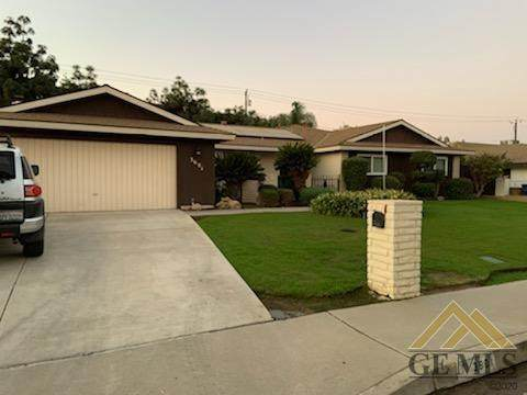 3601 Panorama Drive, Bakersfield, CA 93306 (#202011323) :: HomeStead Real Estate