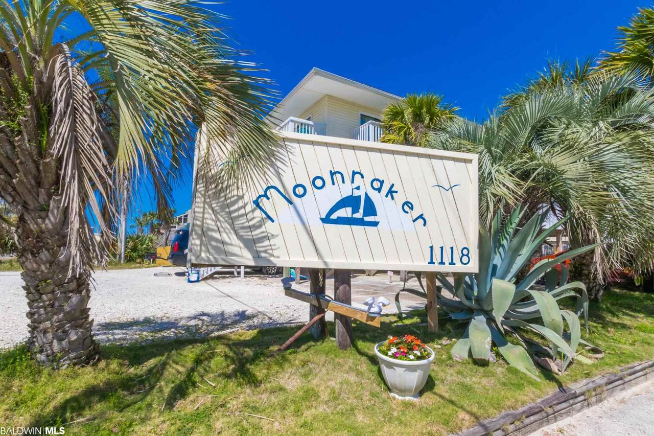 1118 Beach Blvd - Photo 1