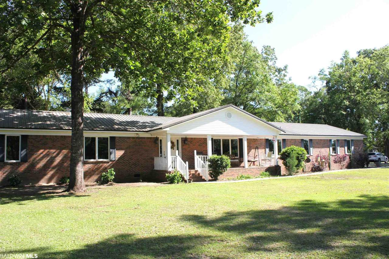 9398 Lakeview Rd - Photo 1