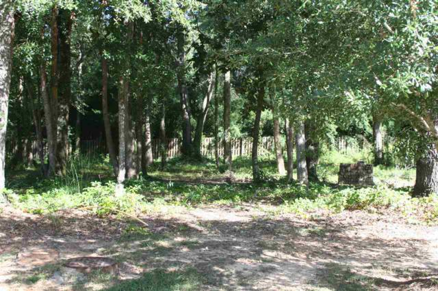 623 Dogwood Av, Fairhope, AL 36532 (MLS #260894) :: Ashurst & Niemeyer Real Estate