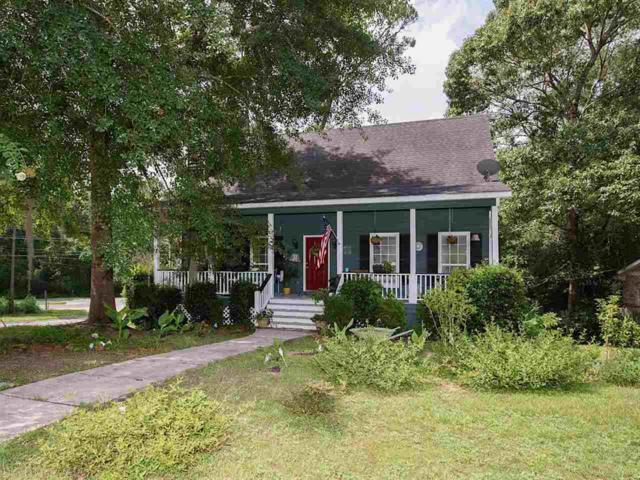 200 Avon Circle, Daphne, AL 36526 (MLS #272329) :: Ashurst & Niemeyer Real Estate