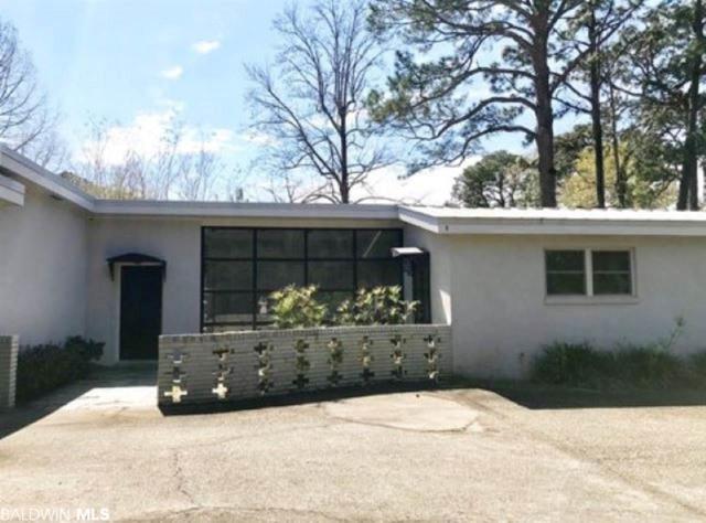 18023 Woodlands Dr, Fairhope, AL 36532 (MLS #286553) :: Ashurst & Niemeyer Real Estate