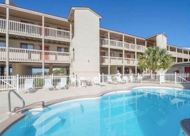 930 W Beach Blvd #222, Gulf Shores, AL 36542 (MLS #295089) :: ResortQuest Real Estate