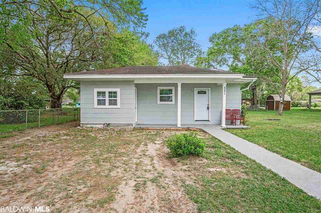 521 W Magnolia Avenue, Foley, AL 36535 (MLS #296609) :: Gulf Coast Experts Real Estate Team