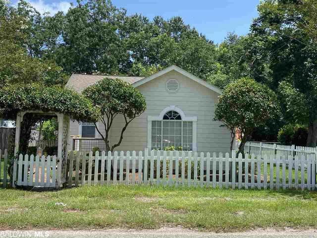 22158 Pine Street, Robertsdale, AL 36567 (MLS #302176) :: Dodson Real Estate Group