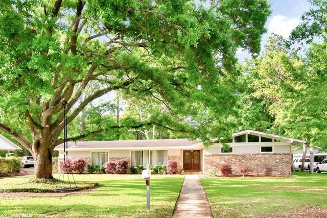 3916 Pembrocke Avenue, Mobile, AL 36608 (MLS #312337) :: Elite Real Estate Solutions