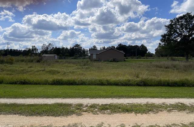 3 7th Street, Bay Minette, AL 36507 (MLS #321653) :: Gulf Coast Experts Real Estate Team
