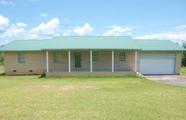 4534 Us Highway 31, Castleberry, AL 36432 (MLS #242205) :: Elite Real Estate Solutions