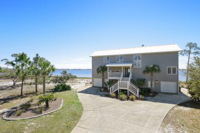 5930 Red Cedar St, Pensacola, FL 32507 (MLS #250632) :: Ashurst & Niemeyer Real Estate