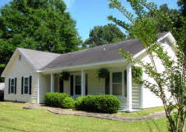 248 N Ridgewood Drive, Daphne, AL 36526 (MLS #255165) :: Coldwell Banker Seaside Realty