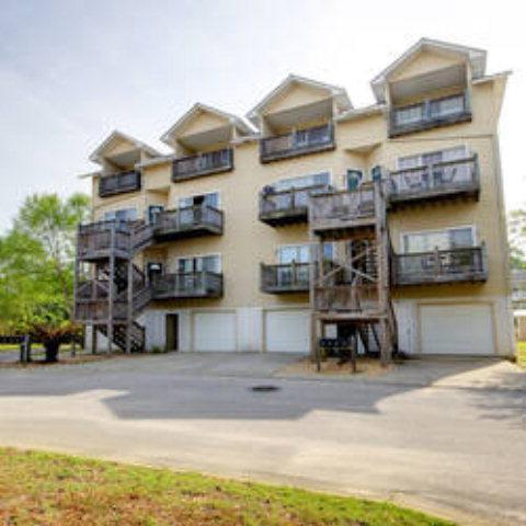 4 Yacht Club Drive #204, Daphne, AL 36526 (MLS #255626) :: Jason Will Real Estate