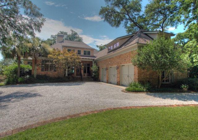425 Village Drive, Daphne, AL 36526 (MLS #255885) :: Jason Will Real Estate