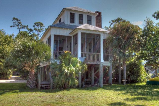 10913 County Road 1, Fairhope, AL 36532 (MLS #256609) :: Ashurst & Niemeyer Real Estate