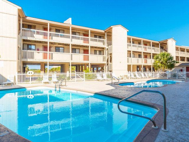 930 W Beach Blvd #112, Gulf Shores, AL 36542 (MLS #256661) :: The Premiere Team