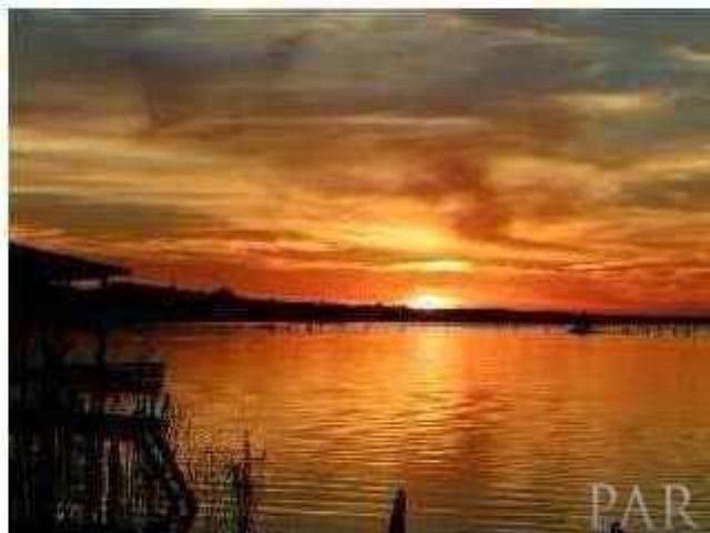 1025 San Sebastian Cr, Pensacola, FL 32506 (MLS #257126) :: Gulf Coast Experts Real Estate Team