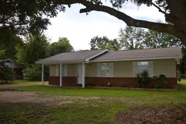 319 E Verbena Avenue, Foley, AL 36535 (MLS #257267) :: The Premiere Team