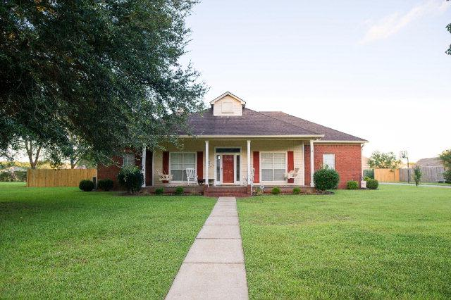 14630 Oak Hill Dr, Foley, AL 36535 (MLS #257356) :: The Premiere Team