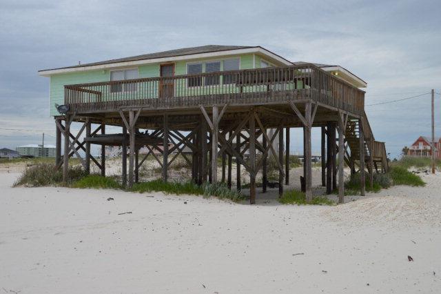 3090 Ponce De Leon Court, Gulf Shores, AL 36542 (MLS #257735) :: ResortQuest Real Estate