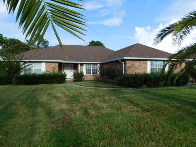 9050 Fairway Drive, Foley, AL 36535 (MLS #257949) :: Ashurst & Niemeyer Real Estate