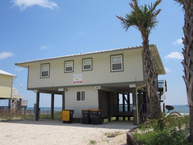 7022 Beach Shore Drive, Gulf Shores, AL 36542 (MLS #258021) :: Bellator Real Estate & Development