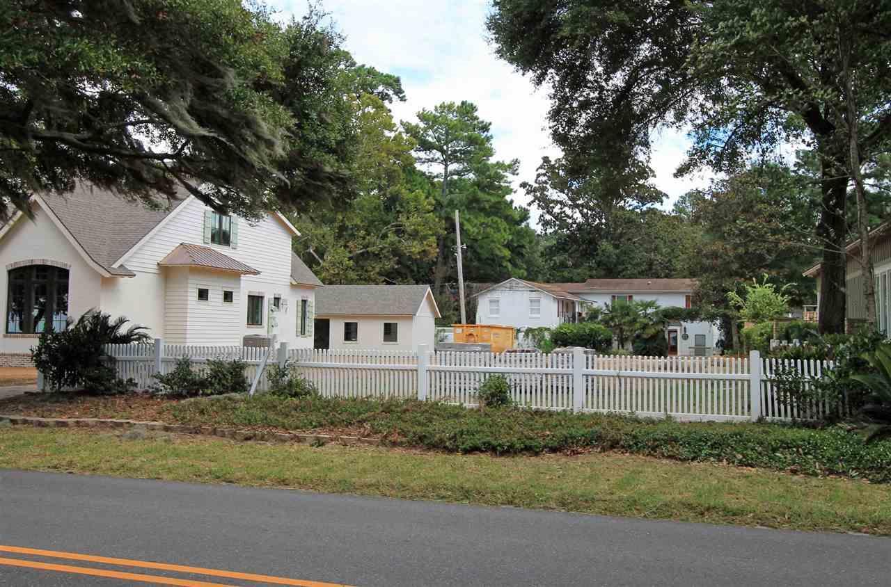 461 S Mobile Street, Fairhope, AL 36532 (MLS #260097) :: Ashurst & Niemeyer Real Estate