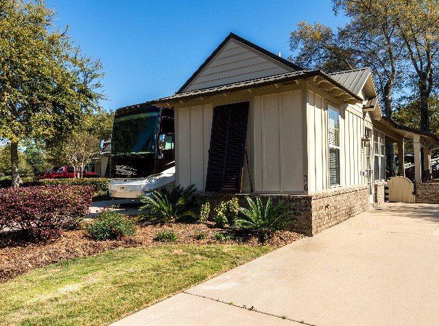 28888 Canal Road #30, Orange Beach, AL 36561 (MLS #260175) :: ResortQuest Real Estate