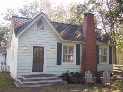 303 Oswalt St, Fairhope, AL 35632 (MLS #260428) :: Ashurst & Niemeyer Real Estate