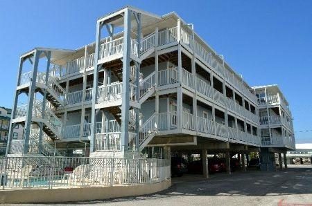 1129 W Beach Blvd #307, Gulf Shores, AL 36542 (MLS #261706) :: Gulf Coast Experts Real Estate Team