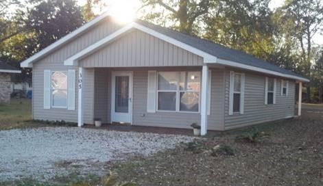 305 SE 4th Street, Summerdale, AL 36580 (MLS #262379) :: Elite Real Estate Solutions