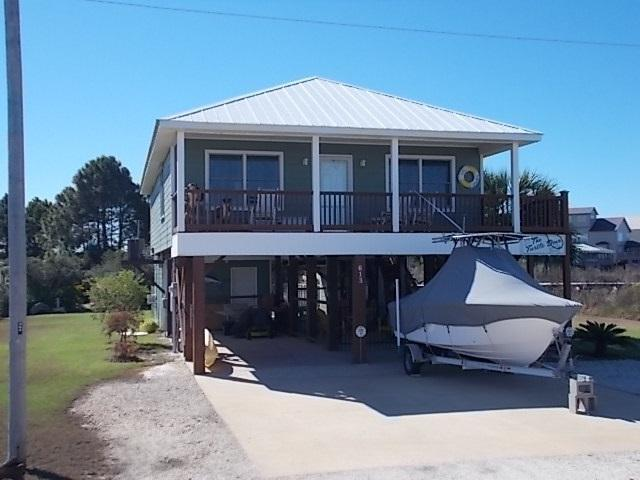 613 Bonita Court, Gulf Shores, AL 36542 (MLS #262431) :: Ashurst & Niemeyer Real Estate