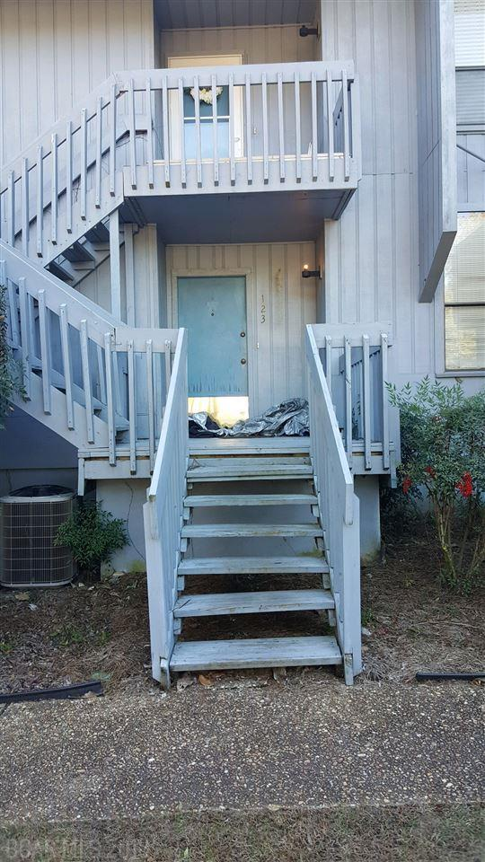 123 Golf Terrace, Daphne, AL 36526 (MLS #264219) :: Ashurst & Niemeyer Real Estate