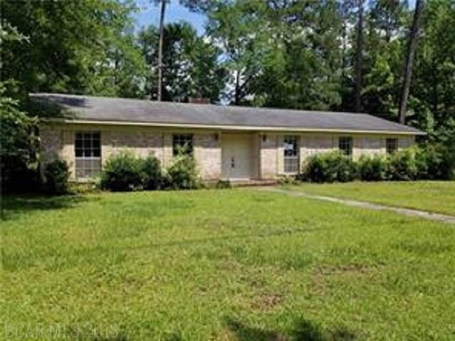 1800 Brookwood Drive, Brewton, AL 36426 (MLS #270733) :: The Kim and Brian Team at RE/MAX Paradise