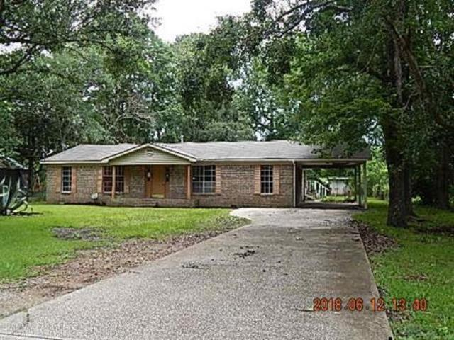 8551 Julius St, Bayou La Batre, AL 36509 (MLS #271139) :: Gulf Coast Experts Real Estate Team