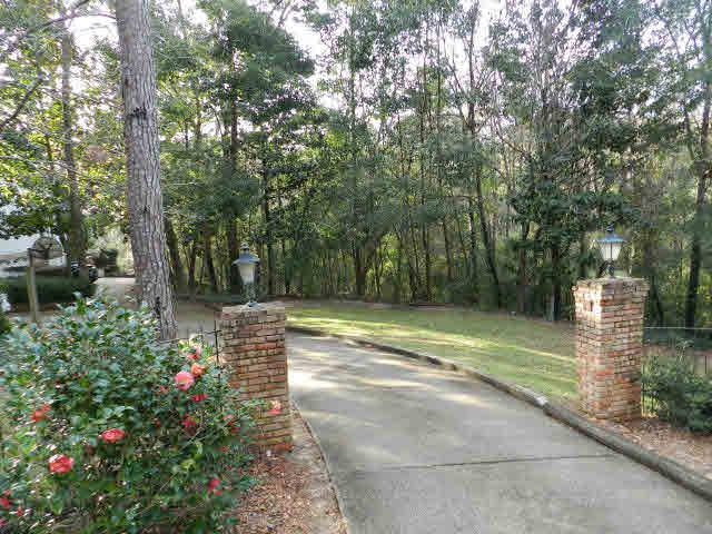 22761 Main Street, Fairhope, AL 36532 (MLS #272666) :: ResortQuest Real Estate