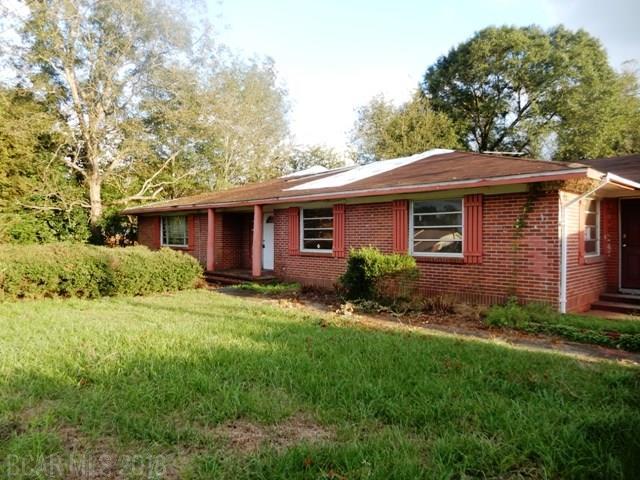 202 Carver Ave., Atmore, AL 36502 (MLS #275590) :: ResortQuest Real Estate