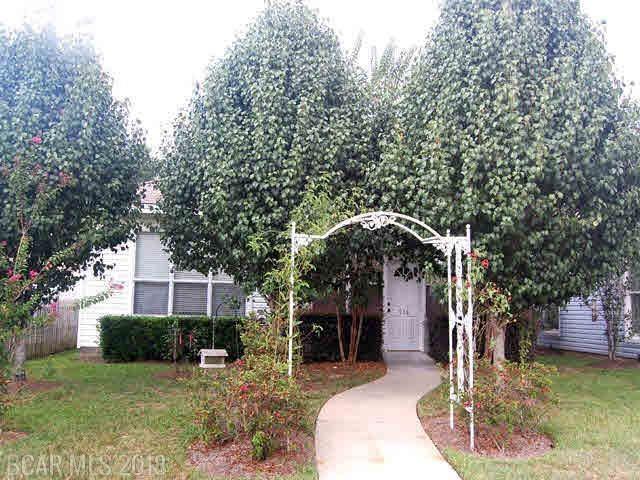 958 Edwards Avenue, Fairhope, AL 36532 (MLS #276738) :: Elite Real Estate Solutions