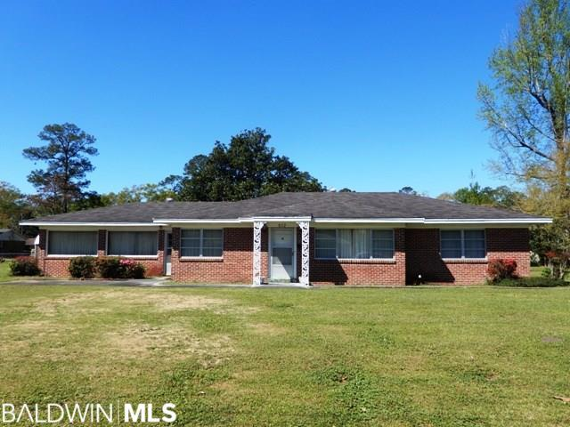 612 S Trammell Street, Atmore, AL 36502 (MLS #281624) :: Ashurst & Niemeyer Real Estate