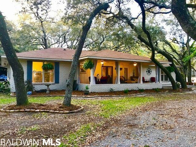 9449 Bayview Drive, Lillian, AL 36549 (MLS #282172) :: Gulf Coast Experts Real Estate Team
