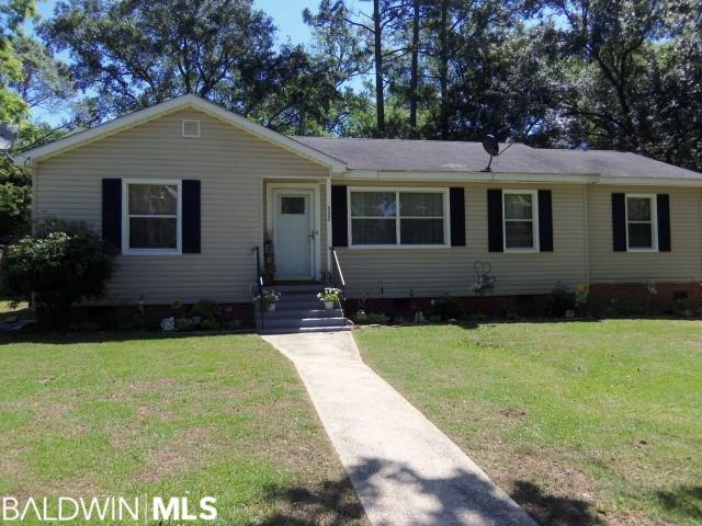 402 Thomley Avenue, Bay Minette, AL 36507 (MLS #283824) :: The Kim and Brian Team at RE/MAX Paradise
