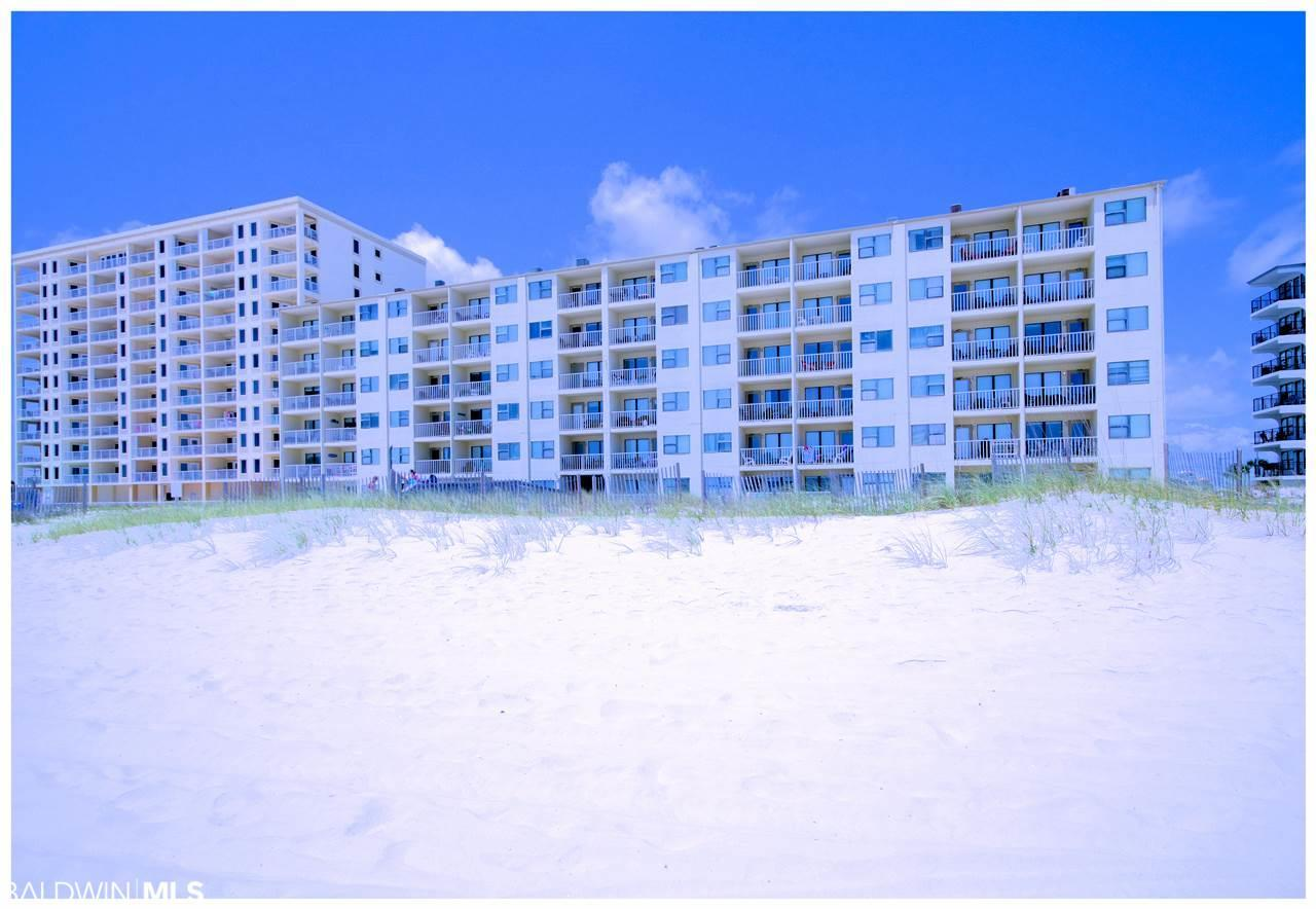 421 Beach Blvd - Photo 1